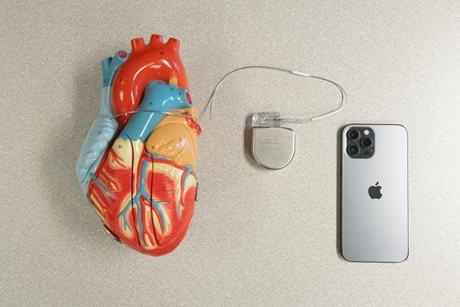 iPhone và nhiều thiết bị Apple có thể gây vấn đề nghiêm trọng về sức khỏe