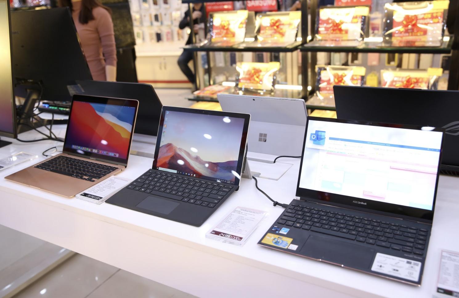 FPT Shop chiếm 31% thị phần bán lẻ laptop tại Việt Nam